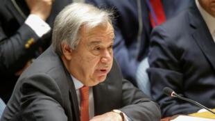 El secretario general de las Naciones Unidas, Antonio Guterres, habla durante la reunión de emergencia del Consejo de Seguridad de las Naciones Unidas sobre Siria en la sede de los EE. UU., en Nueva York, EE. UU., el 14 de abril de 2018.