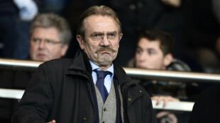 Frédéric Thiriez, le patron de la LFP et de l'Association des Ligues européennes monte au créneau contre la FIFA.