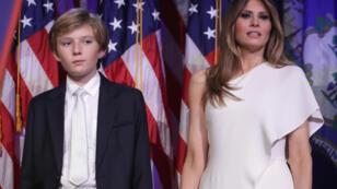 Melania Trump et son fils Barron le soir de la victoire de Donald Trump.