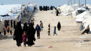 Le camp d'Al-Hol (nord-est de la Syrie), où vivent plus de 73000 personnes selon l'ONU, dont 12000 étrangers de familles jihadistes.