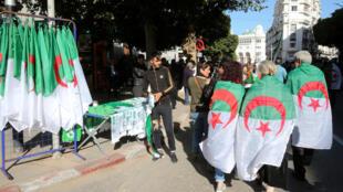 2020-01-24T162707Z_1287437152_RC2GME9CCAAJ_RTRMADP_3_ALGERIA-PROTESTS