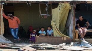 صورة تظهر جانبا من أحد مخيمات النازحين في لبنان 04-07-2017