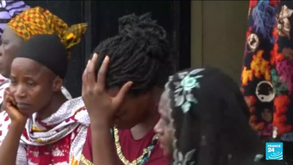 2021-07-06 10:34 Enlèvement de lycéen au Nigéria : les proches des 140 élèves appellent à l'aide