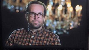 Mathieu Hoche collaborait  depuis le démarrage de la chaîne à France 24 en tant que technicien régie.