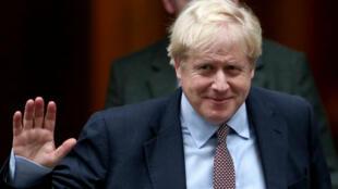Le Premier minsitre britannique, Boris Johnson, devant sa résidence de Downing Street, à Londres, le 24 octobre 2019.