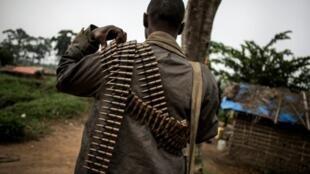 جندي في جيش جمهورية الكونغو الديمقراطية في قاعدة عسكرية في أويشا في 6 تشرين الأول/أكتوبر 2018