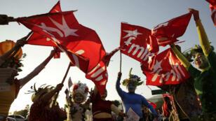 Varios artistas participaron en el cierre de campaña de la oficialista exguerrilla del Frente Farabundo Martí para la Liberación Nacional (FMLN), el miércoles 28 de febrero de 2018, en San Salvador (El Salvador), en vísperas de los comicios legislativos y municipales del 4 de marzo.
