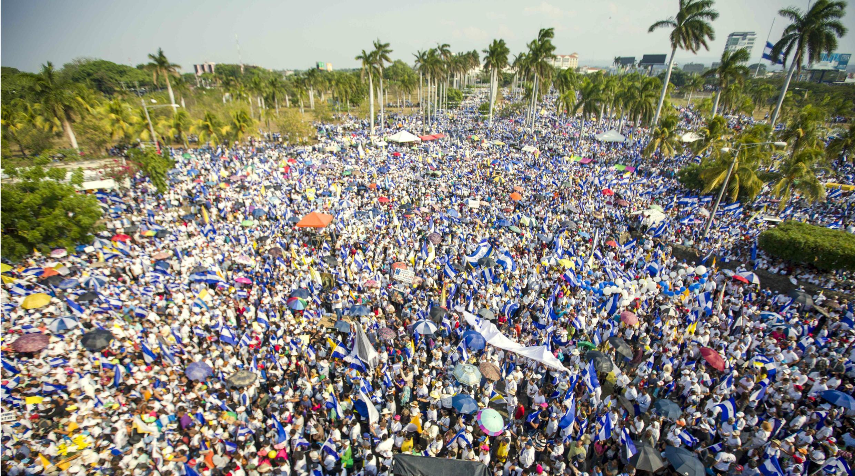 Miles de personas protestan para exigir justicia ante la muerte de decenas de jóvenes en el país a raíz de enfrentamientos con la Policía. 28 de abril de 2018