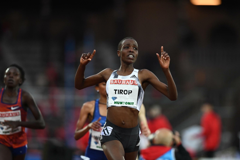 La Kényane Agnes Jebet Tirop après avoir remporté le 5000m pendant la Diamond League le 30 mai 2019 à Stockholm en Suède