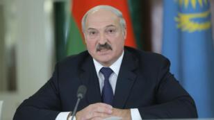 Alexandre Loukachenko a demandé le 18 décembre que les transactions avec la Russie s'effectuent en dollars en raison du plongeon du rouble.