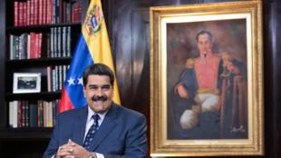 """Emmanuel Macron a qualifié, le 24janvier2019, d'""""illégitime"""" l'élection de Nicolas Maduro."""
