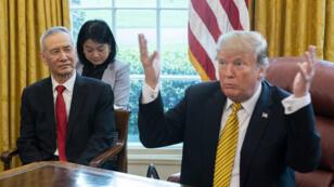Le président Donald Trump au cours de négociations commerciales avec le vice-président chinois, Liu He, à la Maison Blanche, le 4 avril 2019.