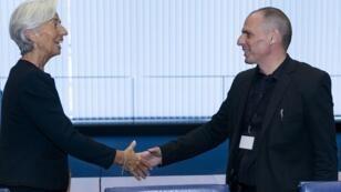 Derrière le sourire, Christine Lagarde n'avait pas que des amabilités à dire au ministre grec des Finances Yanis Varoufakis.