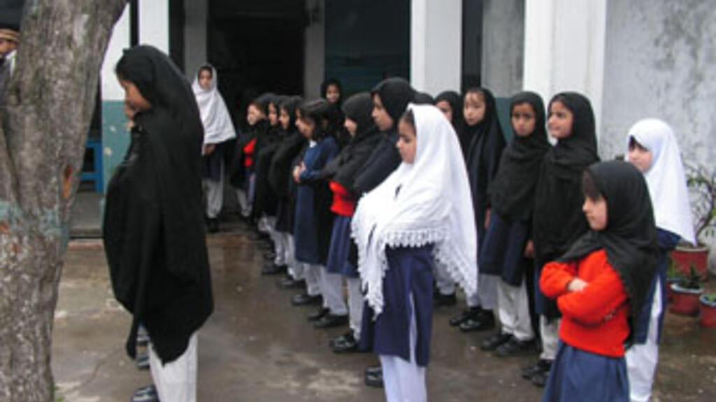Uproar over Talibani closing of girls' schools in Swat Valley