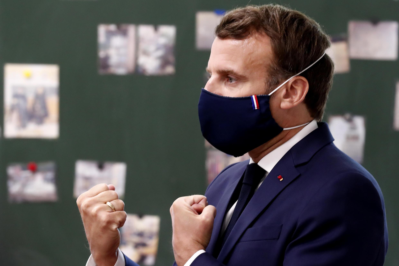 El presidente francés, Emmanuel Macron, en una escuela en Poissy, Francia, el 5 de mayo de 2020.