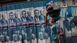 ملصقات انتخابية في لاغوس