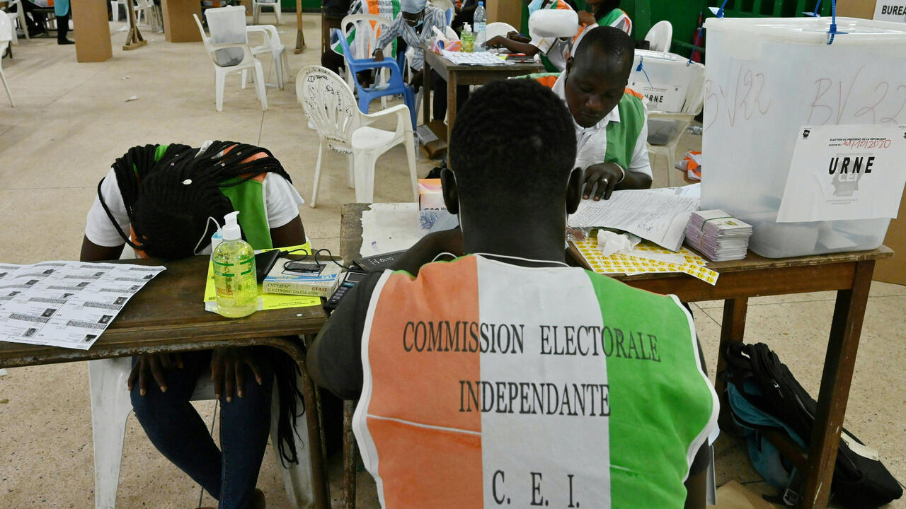 Voting ends in tense Ivory Coast presidential election