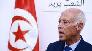 Kais Saïed lors d'une intervention auprès des médias le 16 septembre 2019 à son QG de campagne à Tunis.