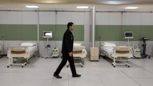 Un hospital de campaña instalado en un centro comercial al noroeste de Teherán, en una imagen del 21 de marzo de 2020