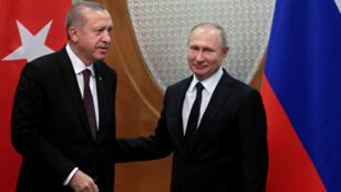 Vladimir Poutine et Recep Tayyip Erdogan à Sotchi, dans le sud de la Russie, le 14 février 2019.