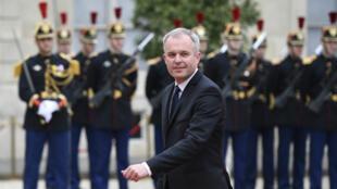 L'ancien Premier ministre n'exclut pas d'intégrer le groupe parlementaire de La République en marche.