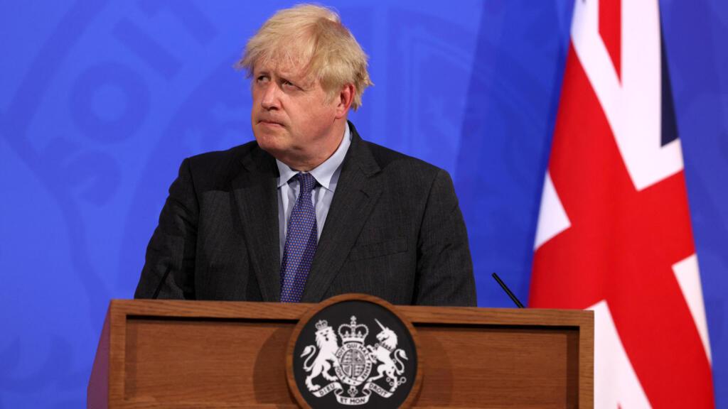 l'Angleterre reporte d'un mois l'ultime étape de son déconfinement