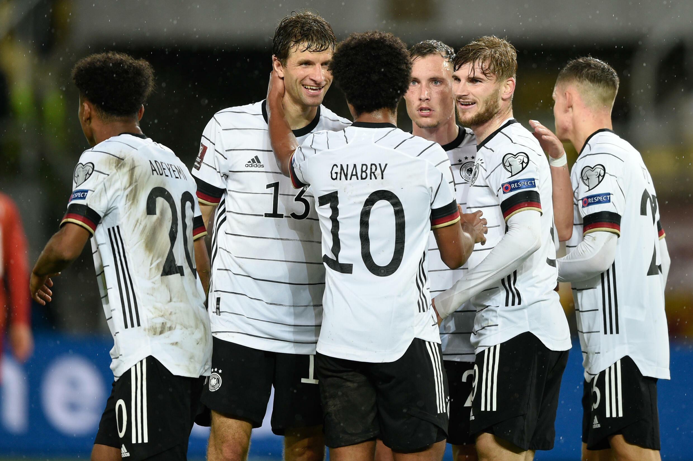 L'équipe d'Allemagne, portée par Timo Werner (2e à droite) auteur d'un doublé, a surclassé la Macédoine du Nord à Skopje, le 11 octobre 2021
