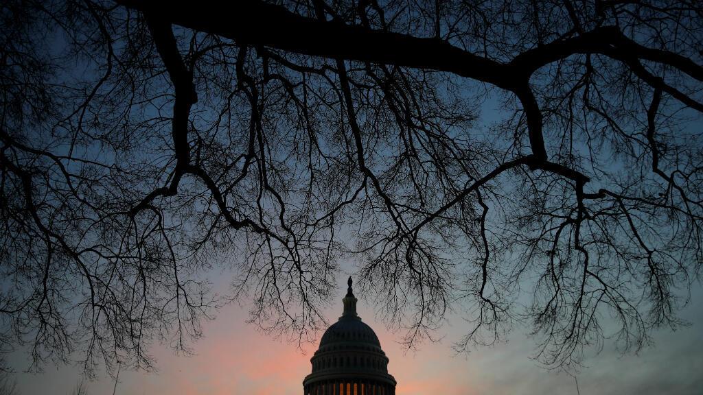 El Capitolio de Estados Unidos se ve al amanecer en Washington, EE. UU., el 4 de febrero de 2019.