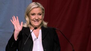 Avec 43% des voix, Marine Le Pen a obtenu un score historique, dimanche 6 décembre 2015, en Nord-Pas-de-Calais-Picardie au premier tour des élections régionales.