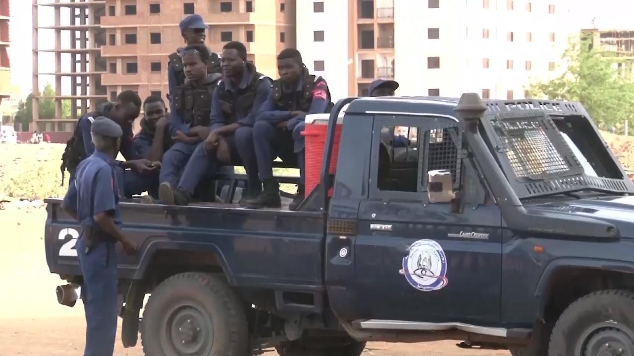 Tentative de coup d'Etat au Soudan: Khartoum accuse des partisans de l'ancien président