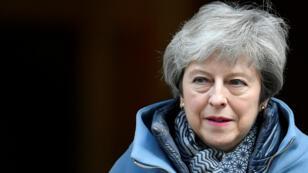 La primera ministra británica, Theresa  May, es vista fuera de Downing Street en Londres, Reino Unido, el 3 de abril de 2019.