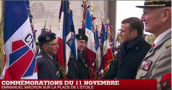 Emmanuel Macron ,le 11 novembre Place de l'Étoile, à Paris.