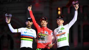Primoz Roglic, en rouge au soir de la dernière étape du Tour d'Espagne 2019.