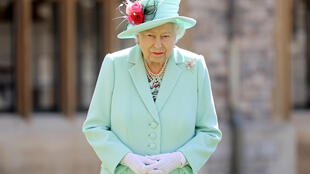 2020-09-16T111137Z_449814166_RC2NZI9KMR1A_RTRMADP_3_BARBADOS-QUEEN
