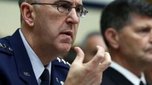 Le général John Hyten, chargé de la supervision de l'arsenal nucléaire des États-Unis à Washington, le 8 mars 2017.