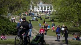 Parc Volkspark Wilmersdorf de Berlin, le 19 avril 2020.