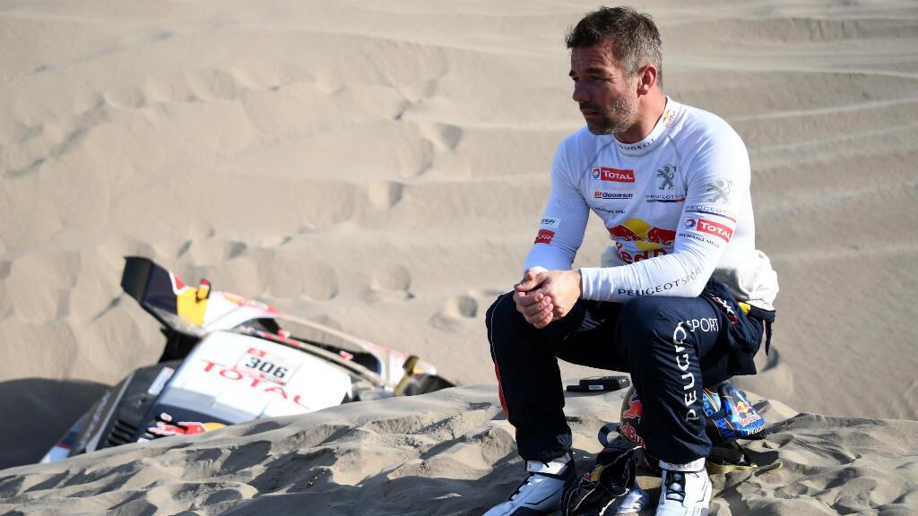Un favorito por fuera: el piloto francés Sebastien Loeb debió abandonar tras la quinta etapa entre San Juan de Marcona y Arequipa en Perú. Loeb se retiró luego que su copiloto Daniel Elena sufriera una lesión después que su vehículo cayera en un hoyo.