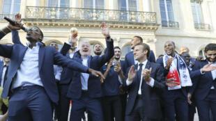 Les Bleus ont fêté leur victoire au palais de l'Elysée.