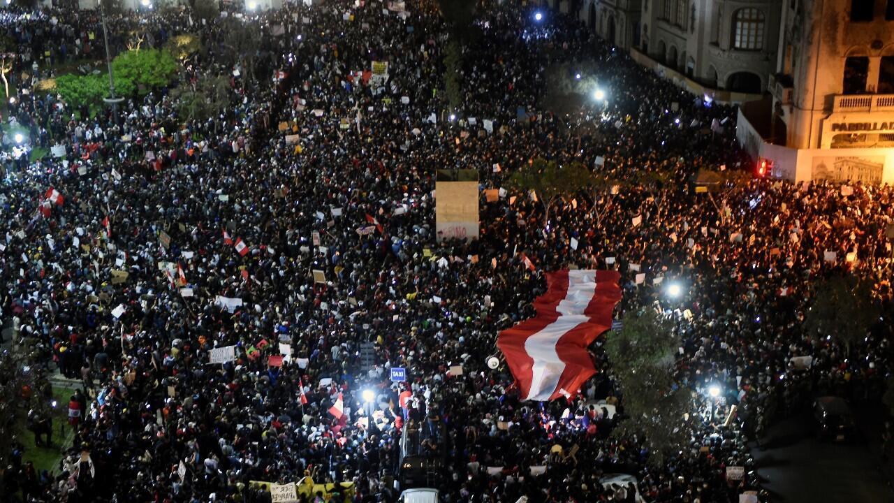 Perú: claves de la crisis política en un país sin partidos