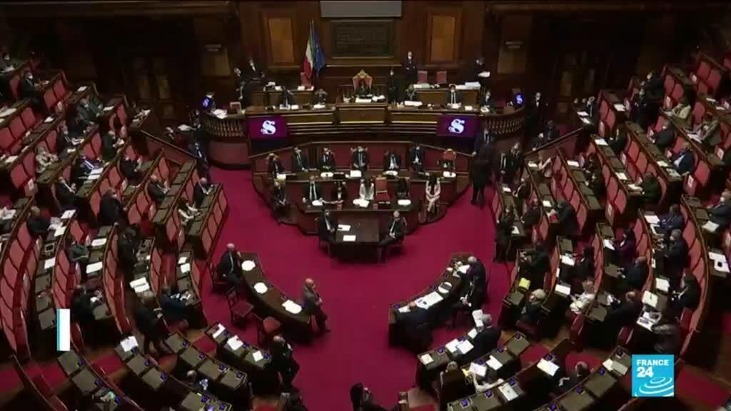 2021-01-20 10:43 Crise politique en Italie : Conte gagne la confiance du Sénat mais perd sa majorité
