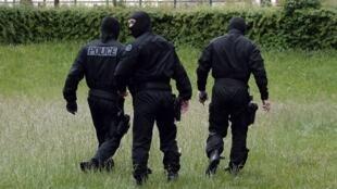 عناصر من قوات الشرطة التونسية