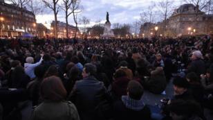 Les manifestants de Nuit debout rassemblés place de la République, le 11 avril 2016.