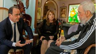 هولاند يلتقي الرئيس السابق فيدل كاسترو في منزله