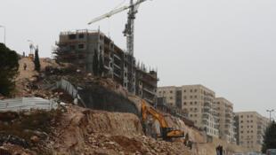 بناء وحدات سكنية في مستوطنة رامات شلومو في القدس الشرقية المحتلة في 9 كانون الأول/ديسمبر 2019