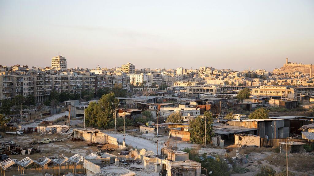 Vue générale du corridor de Karaj al-Hajz qui permet de passer des zones tenues par les rebelles à celles contrôlées par le régime syrien.