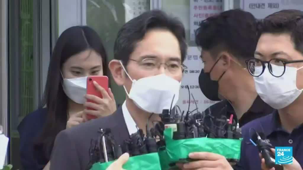 2021-08-13 19:12 Polémica en Corea del Sur por indulto otorgado al heredero de Samsung
