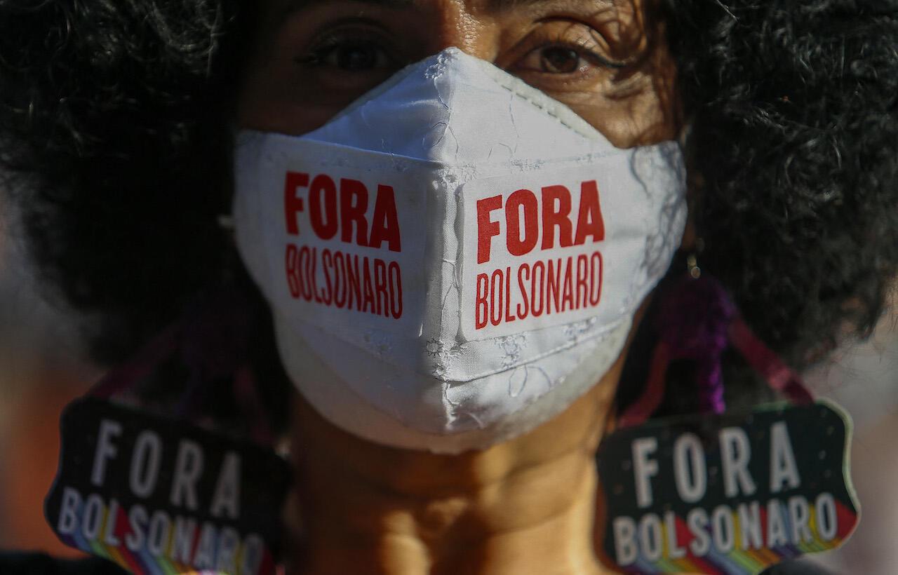 bra-bolso-protest
