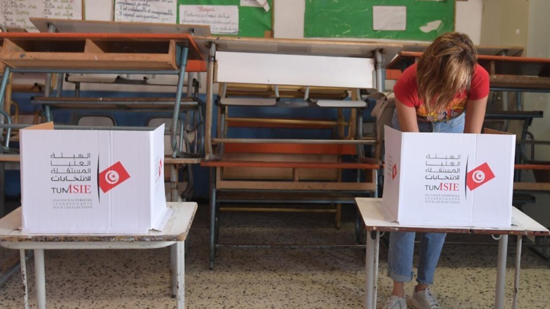 En direct : suivez le second tour de l'élection présidentielle en Tunisie