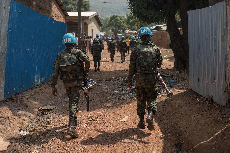 جنود في قوة حفظ السلام الدولية في عاصمة افريقيا الوسطى بانغي في 13 كانون الثاني/يناير 2021