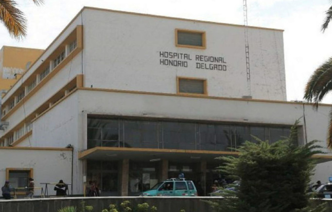 El hospital regional Honorio Delgado atiende únicamente a pacientes con diagnóstico de Covid-19.
